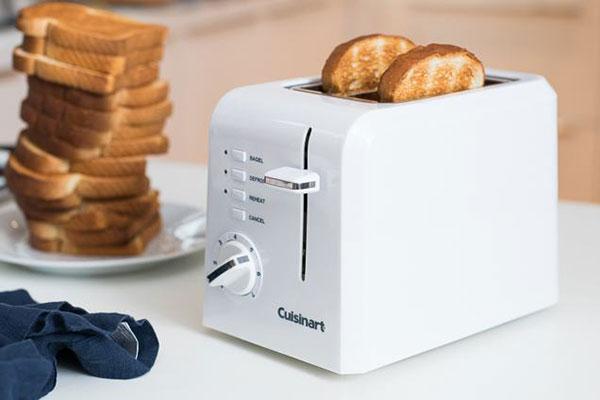 Cuisinart CPT-122 2片和CPT-142 4片紧凑型塑料烤面包机