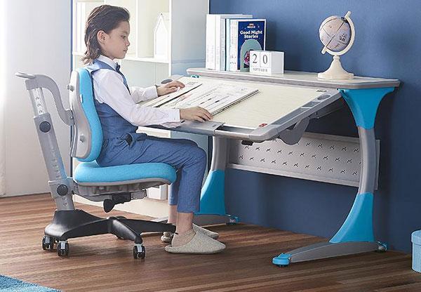 康朴乐 COMF-PRO 人体工学可升降桌椅
